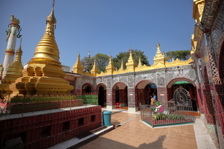 monasteri: Buddhist Monasteries and temples in Mandaley in Myanmar Archivio Fotografico