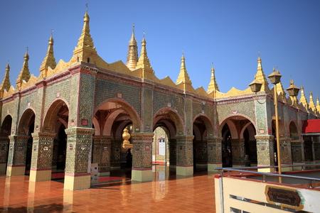 monasteri: Monasteri e templi in Mandaley in Myanmar buddisti Archivio Fotografico