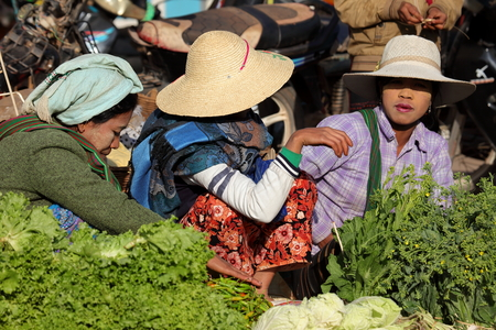 weekly market: The weekly market of Kalaw in Myanmar Editorial