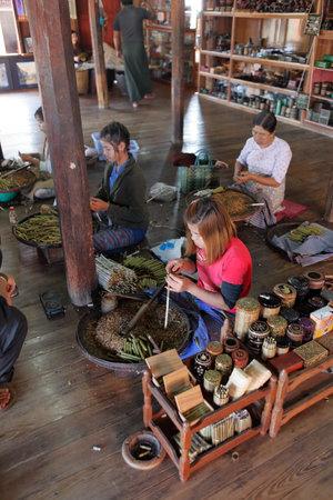 manufactory: Cigar production in Myanmar