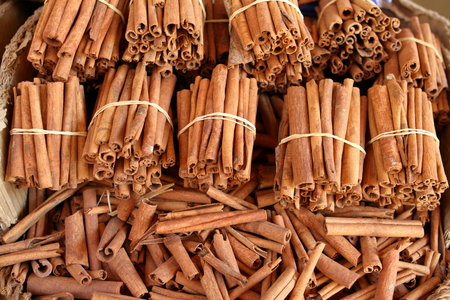 cinnamon sticks: Cinnamon Sticks