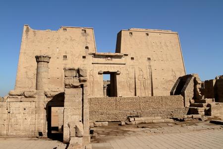 horus: El templo de Horus en Edfu, en Egipto