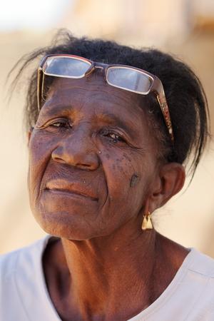 occhi tristi: Donna con gli occhi tristi dal Brasile