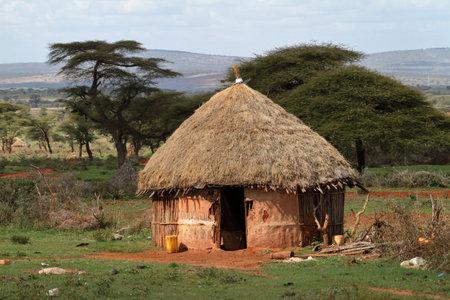 Traditionele huizen en dorpen in Afrika Redactioneel