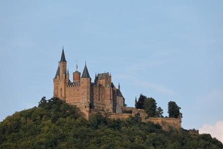 Hohenzollernkasteel dichtbij Hechingen in Duitsland Redactioneel