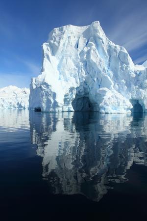 Paysage de glace et de glaciers en Antarctique