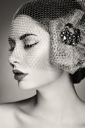 veil: Beautiful woman face. Perfect makeup. Beauty fashion. Black and white photo Stock Photo