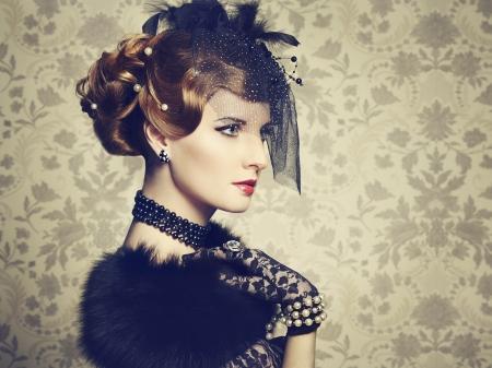 Retro portrait of  beautiful woman. Vintage style. Fashion photo Stock Photo - 18598078