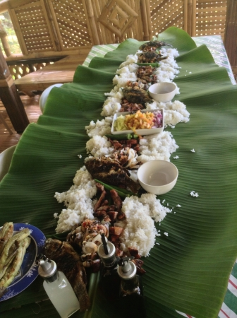 boodle: Nothing beats eating with barehands