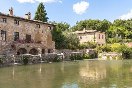 valdorcia: Bagno VIgnoni, medieval town in Tuscany