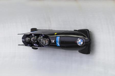 Bobsleigh Athlet Lukas Kolb, aus Österreich konkurriert mit Markus Treichl, Franz Estherhammer und Sebastian Heufler während der BMW IBSF WM Bob bei der Deutschen Post Eisarena am 28. Februar 2016 in Königssee, Deutschland.