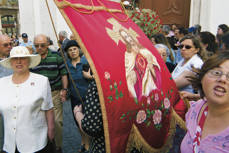 june 13, 2005 :  St. Anthonys Day, a great procession is organized. On the passage of the procession, women  wait for the statue of the saint to do a prayer