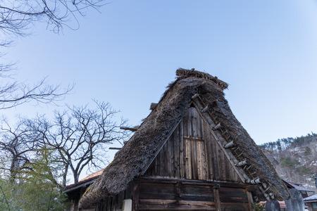 日本の白川郷の歴史的な村 写真素材 - 77151386