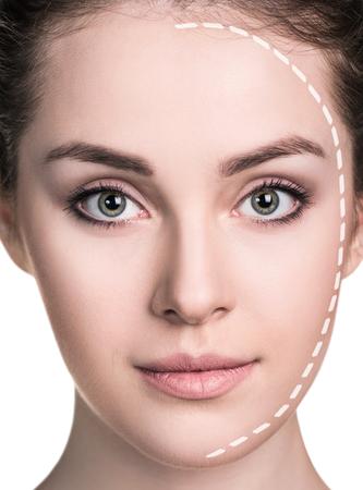 보정 라인을 가진 아름 다운 여자 얼굴입니다. 흰색 배경에 고립.