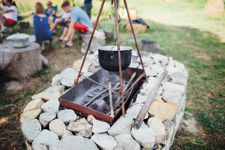 overflows: barbecue made of stone,