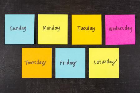 Dagen van de week sticky notes Stockfoto