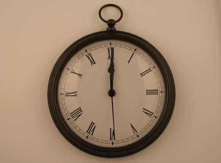 numeros romanos: pocketwatch reloj estilo lectura de medianoche