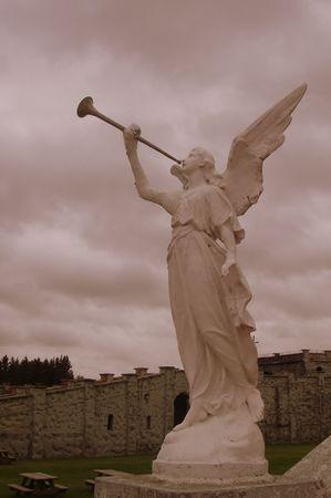天使のトランペットを吹く 写真素材