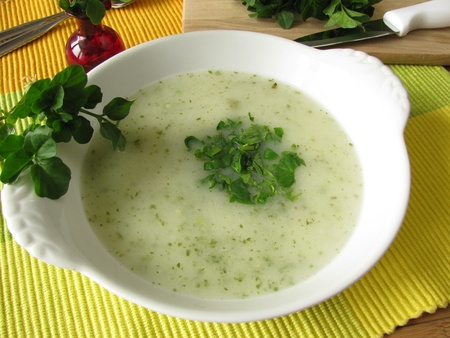 watercress: Cream soup with watercress