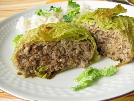 carne macinata: Savoy stuffed with minced meat