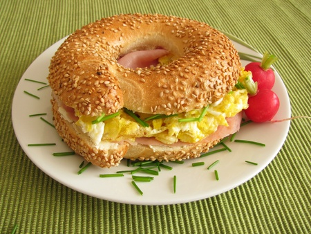 bagel: Bagel with ham and egg