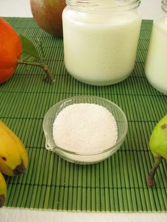 Probiotica en yoghurt Stockfoto - 12072780