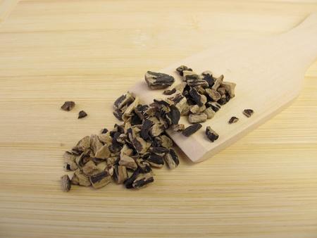 symphytum officinale: Comfrey root, Symphyti radix