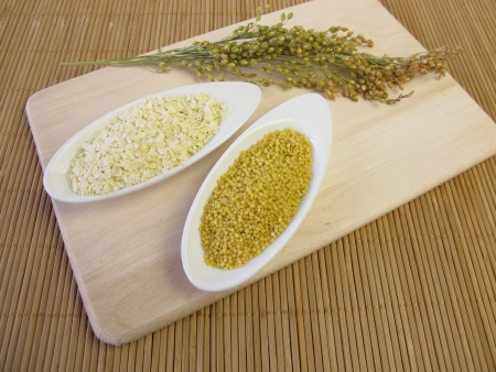 panicle: Panicle millet, millet grains and rolled millet