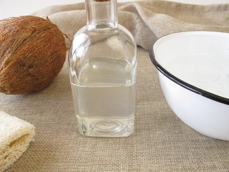 coconut oil: Coconut bagno d'olio