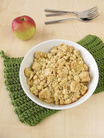 apple crumble: Apple crumble