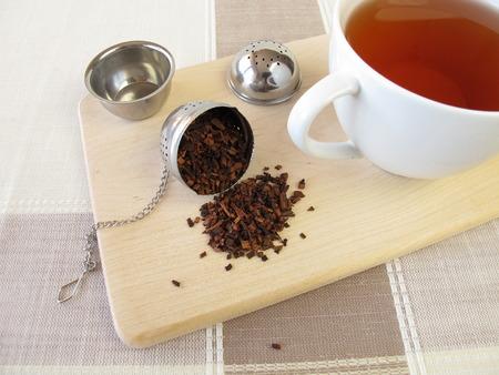 infuser: Honeybushtea and tea infuser ball
