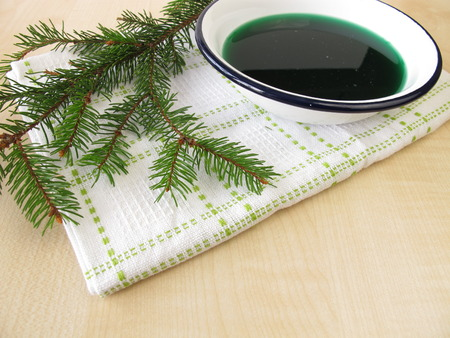 bath additive: Spruce needles bath