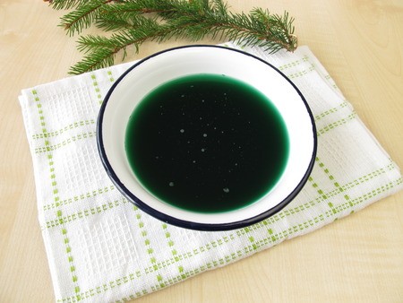 naturopathy: Spruce needles bath