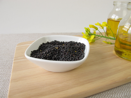 rapeseed: Rapeseed and canola oil