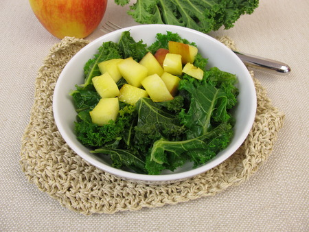blanch: Kale salad with baked apple