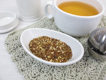 rooibos tea: Cup of green rooibos tea