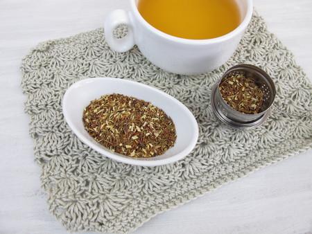 rooibos: Cup of green rooibos tea