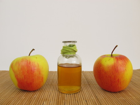 cider: Apple cider vinegar and apples