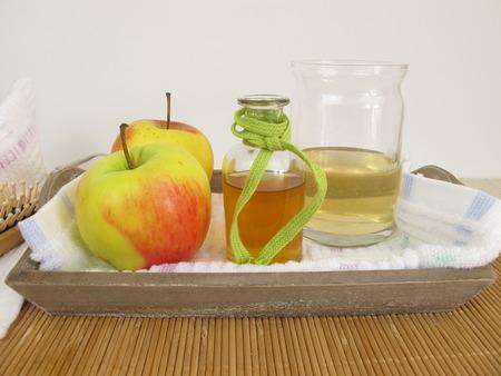 cider: Hair conditioner with apple cider vinegar