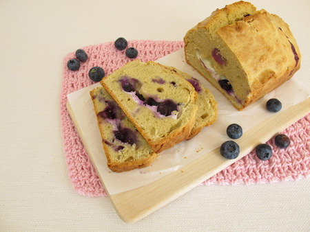 blueberry pie: Blueberry pie with fresh cheese