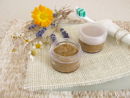 bicarbonate: Homemade toothpaste with coconut oil, healing clay powder and soda Stock Photo