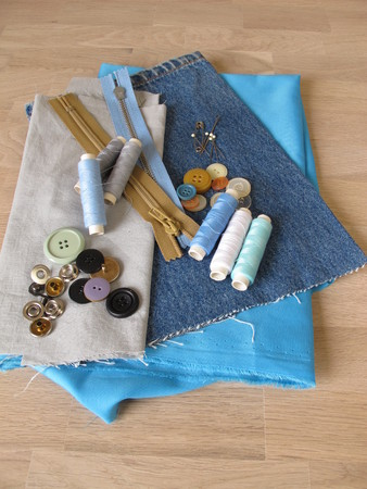 Sewing material with fabric, twine and buttons Reklamní fotografie