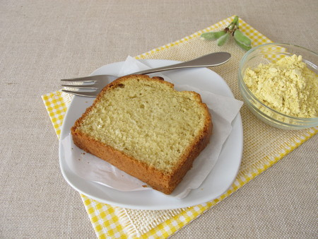 Cake with gluten-free lupine flour 스톡 콘텐츠