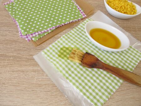 Making ecological plastic-free beeswax cotton wraps as an alternative to plastic bags