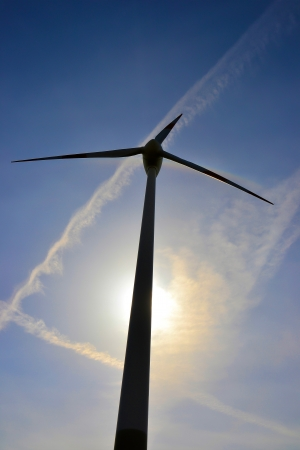 electricity prices: Close-up of a wind turbine