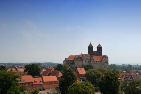 collegiate: The collegiate church in Quedlinburg