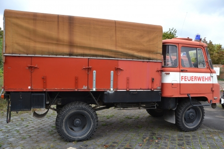 coche de bomberos: coche de bomberos viejo