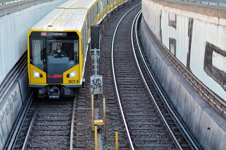 u bahn: BERLIN, GERMANY - October 28, 2014: subway train in the city center of Berlin Editorial