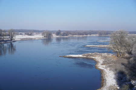 wintry weather: View of the river Elbe near Magdeburg in the winter