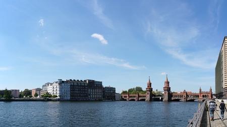 spree: The river Spree in Berlin and the Oberbaum Bridge